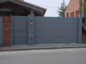 puertas batientes 300x225