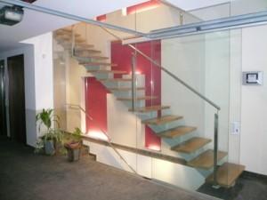serralleria escalera 300x225
